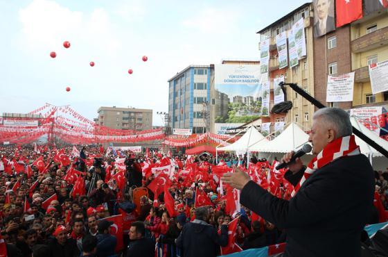 Başbakan Yıldırım, Hakkari Toplu Açılış ve Temel Atma Töreni'nde konuştu